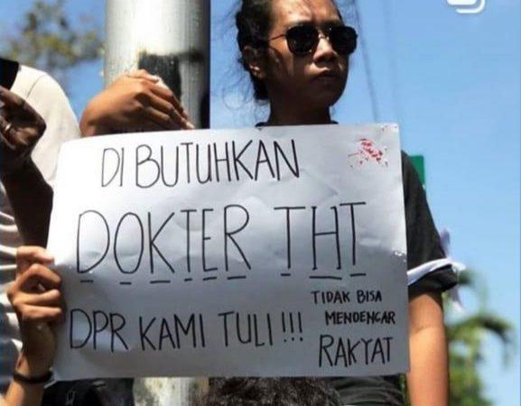 20 Poster Unik Mahasiswa Demonstran Tolak RUU KUHP