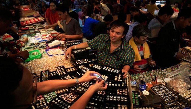 Hanya Tren Musiman, Banyak Orang Indonesia Rugi Puluhan Juta Karena 3 Barang Ini